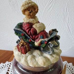 Boyds Bears Accents - Boyd's Bear Christmas Sleigh Yankee Candle Topper